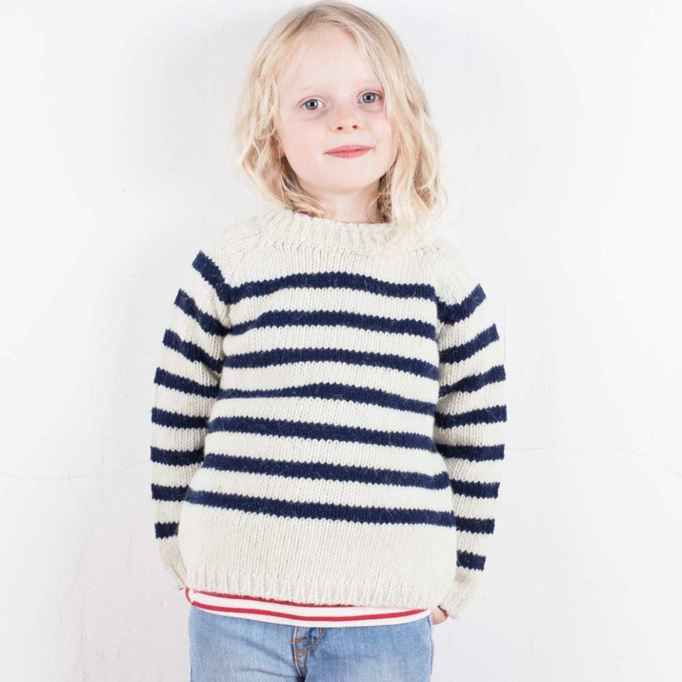 jumper-babaaxmabo-white-with-navy-model-1